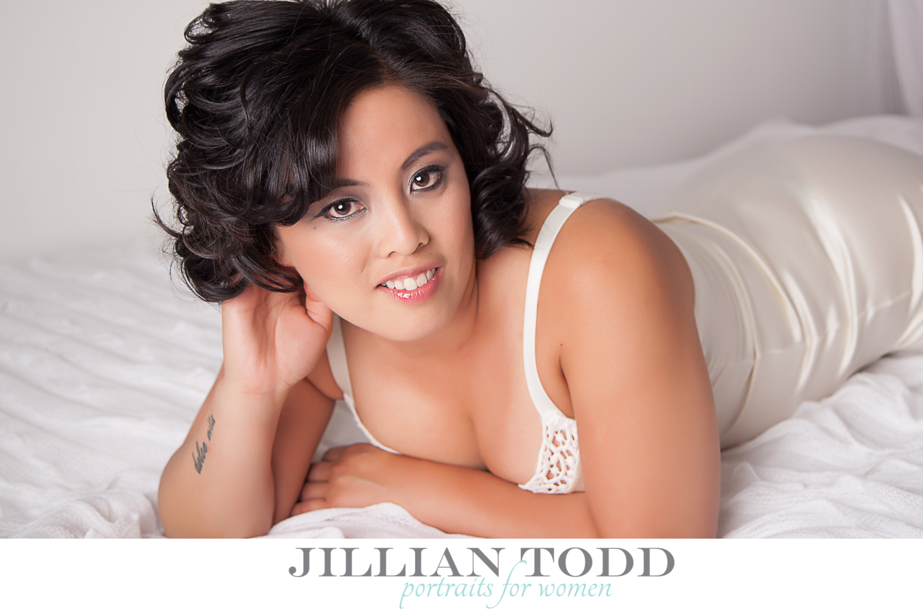 Boudoir photos el dorado hills boudoir photography studio for Boudoir bedroom ideas