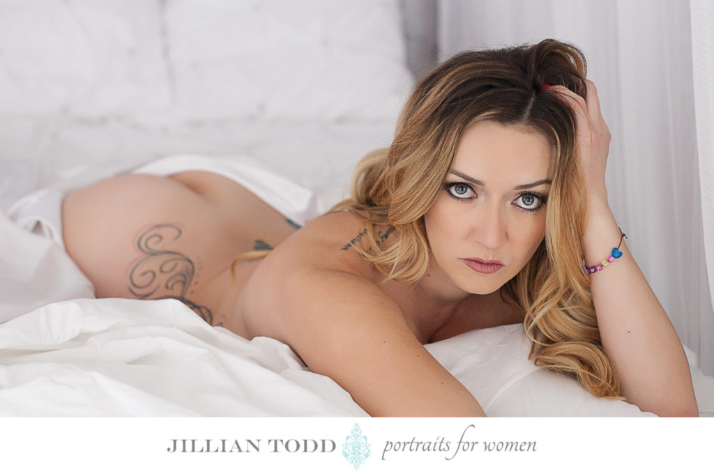 folsom boudoir photography blonde woman with tattoos