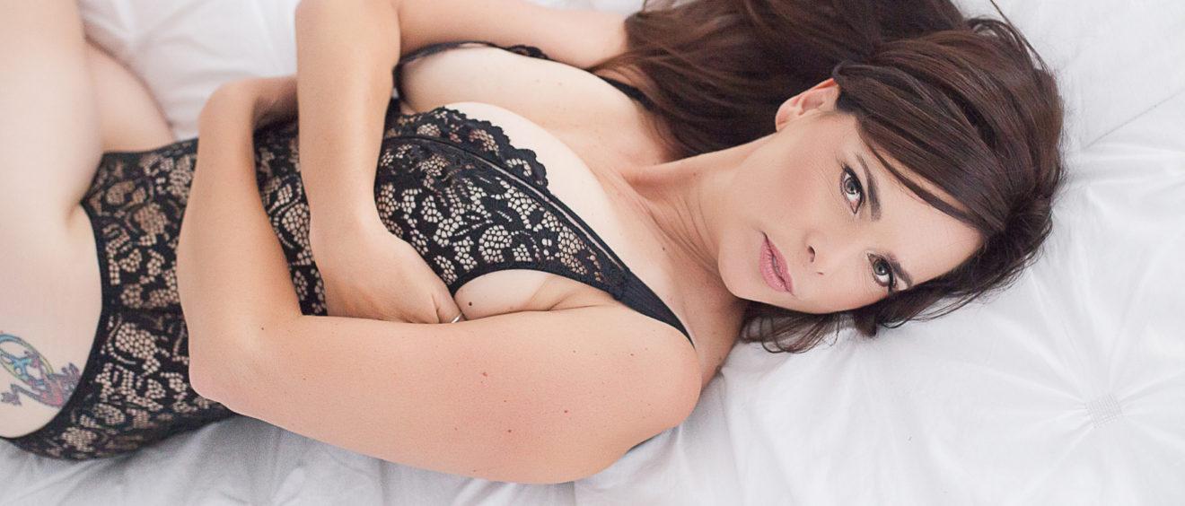 sacramento boudoir studio black lace bodysuit