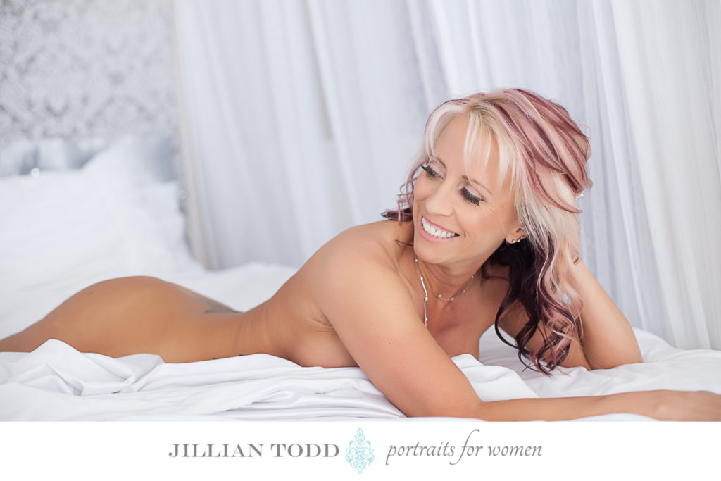 boudoir-photography-citrus-heights-bed-photo