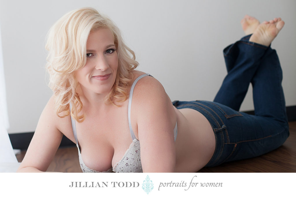 boudoir sacramento shot of blonde in jeans